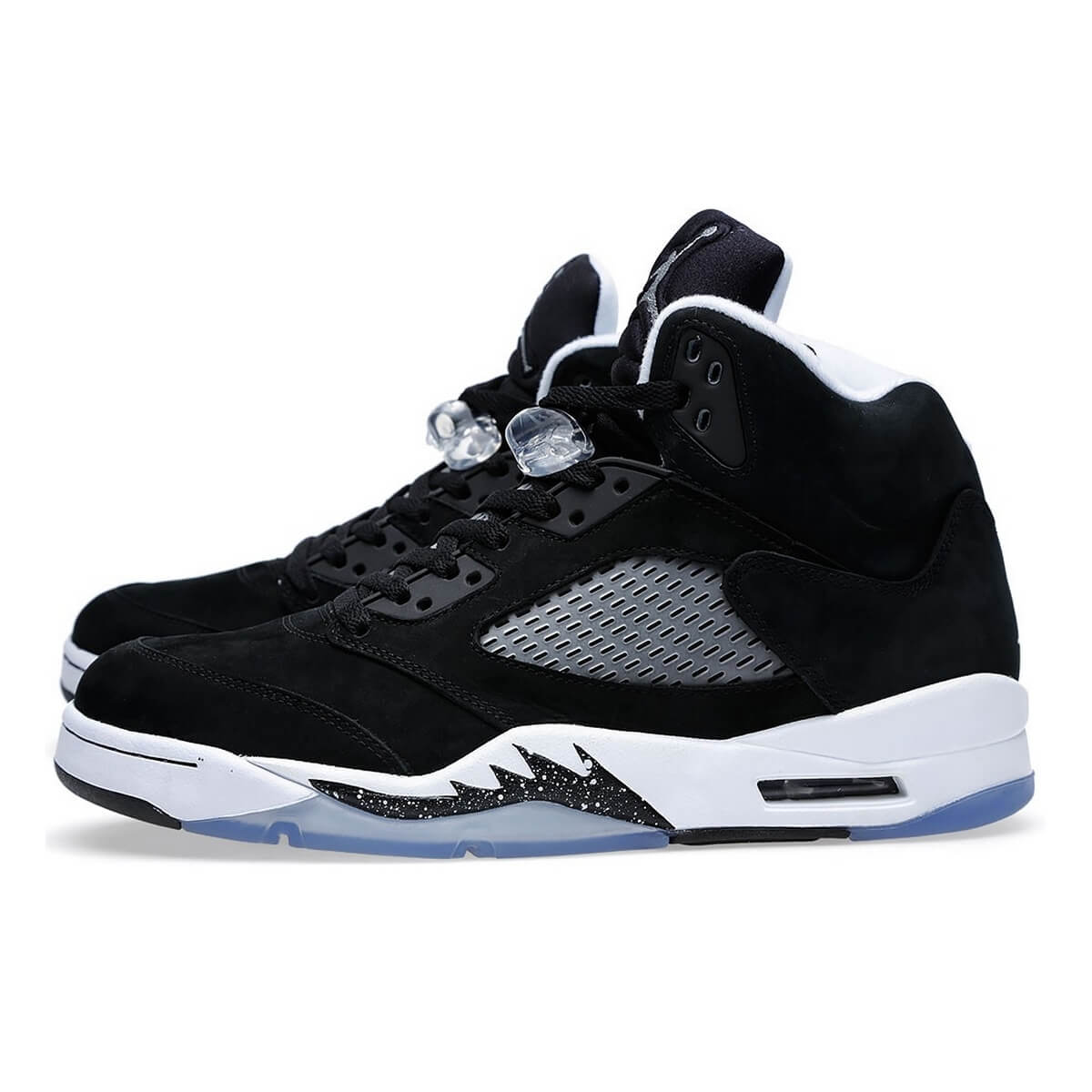 brand new a547a 4cb48 Nike Air Jordan 5 Retro Oreo 136027-035